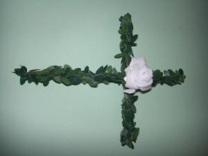 Buchskreuz Rose
